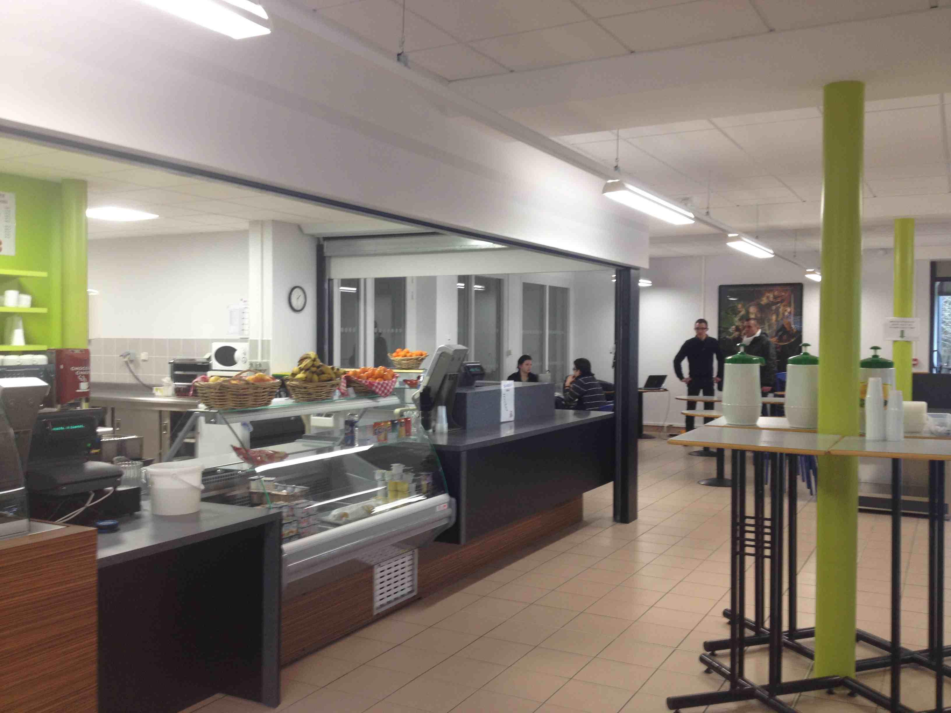 Quimper 29 restaurant universitaire concepticart